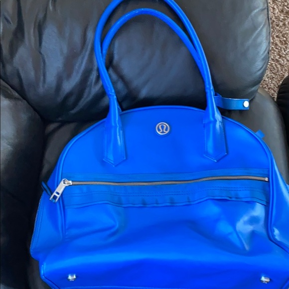 lululemon athletica Handbags - Lululemon travel/gym bag blue